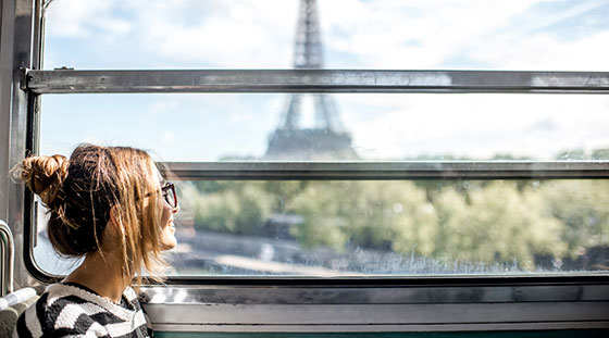 Woman travelling alone in Paris