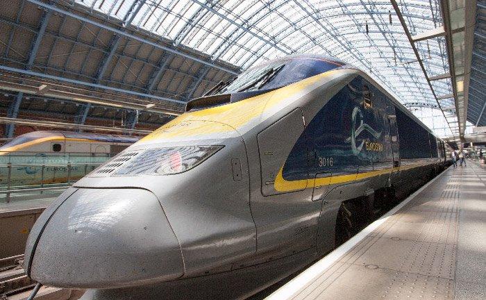 Vertrek Naar Londen Met De Trein